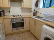 2 bed Flat to rent in Worcester Road, SUTTON