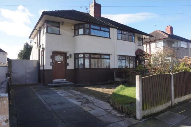 3 bedroom semi detached house for sale in pilch lane for Furniture 66 long lane liverpool