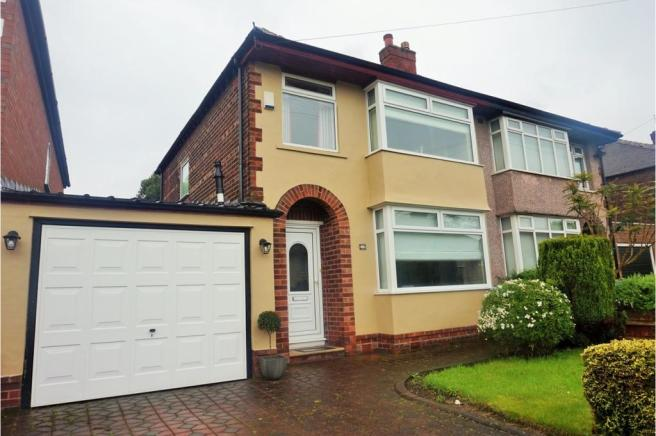 3 bedroom semi detached house for sale in score lane for Furniture 66 long lane liverpool