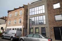 Flat in Warham Street, Oval