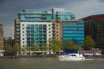 Flat to rent in Albert Embankment, London