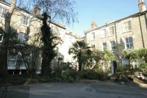 2 bedroom Flat to rent in Bonnington Square
