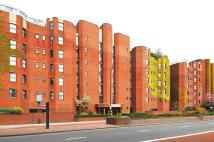 Flat to rent in Riverside Court, Vauxhall