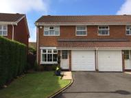 3 bed semi detached house in Woodbury Grove, Solihull...
