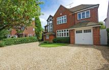 5 bed Detached home in 15Meadow Road...