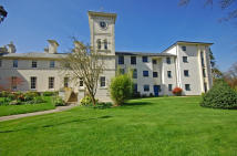 2 bed Apartment in New Wing, Wergs Hall...