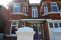 2 bedroom Flat in Carlisle Road