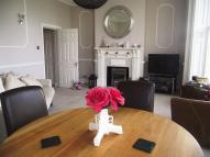 Flat to rent in Regency Square, Brighton