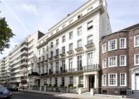 2 bedroom Apartment in Gloucester Square...