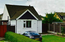 2 bedroom Detached Bungalow in Louisa Avenue, Benfleet...
