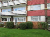 Ground Flat to rent in Templewood Court...