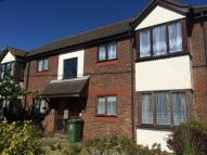 Apartment to rent in Burns Avenue, Pitsea...
