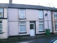 Terraced home to rent in Mount Pleasant Street...