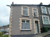 3 bedroom End of Terrace home to rent in Albany Street...