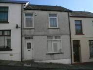 3 bed Terraced property in Brynmorlais Street...