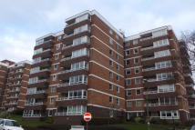 2 bedroom Flat to rent in Preston Park Avenue...