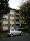 Flat to rent in Holland Road, , Hove...