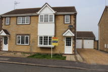 3 bed semi detached property to rent in Moorhen Road, Whittlesey...