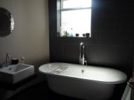 3 bed Flat to rent in Sunderland Road...
