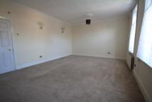 Flat to rent in South Eldon Street...