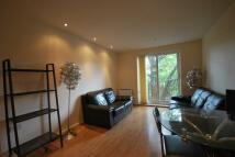 3 bedroom Apartment in ELMIRA WAY, Manchester...