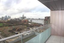 Flat to rent in Peartree Way, Greenwich...