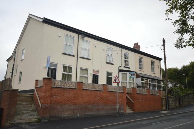 Turncroft Lane Property On Rent