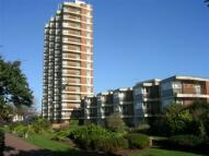 Flat to rent in Queensway, Bognor Regis