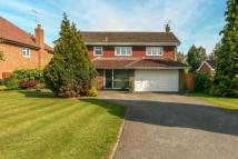 Detached house in The Uplands, Harpenden...