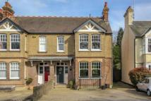 5 bed semi detached house to rent in Southdown Road...