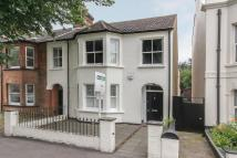 4 bed semi detached property to rent in Granville Road...