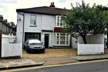 4 bedroom semi detached home to rent in St Albans Road, Barnet