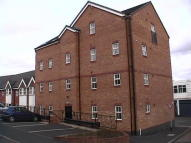 Flat to rent in Richmond House, Stoke ST4
