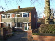 3 bedroom semi detached property to rent in Woodland Avenue...