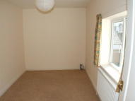 2 bed Flat to rent in Grove Road...