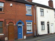 2 bed Terraced house in Lily Street...