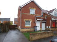 2 bed semi detached house to rent in Parsonage Street...