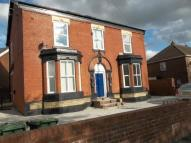 2 bedroom Apartment to rent in Darnton Road...