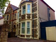 Flat to rent in Oakfield Street, Roath
