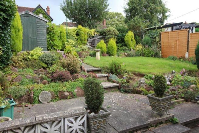 Additional rear garden pic