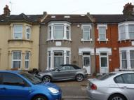 5 bed Terraced property for sale in 5 Bedroom Spacious House...