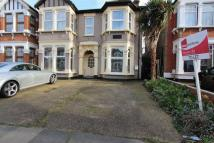Flat to rent in Mayfair Avenue, Ilford