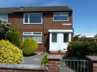 2 bed Flat in Ridgeway Court...
