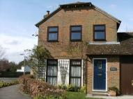 3 bed semi detached home to rent in Hadlow