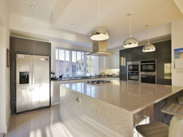 Kitchen with b...