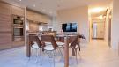 Avant Dining & Kitchen Area