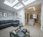 4 bedroom Terraced home in Colebrooke Row, London...