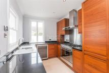 Flat to rent in Bromar Road