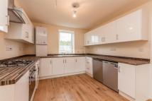 3 bedroom Flat to rent in Camberwell Road , SE5