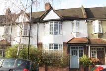 4 bed Detached house in Bushey Hill Road